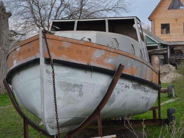 катер с  кубриком из морского  АМГ5  толщ 3мм  для отдыха и путешествия, фотография 1
