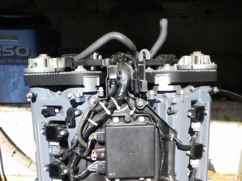 мотор ямаха 250 4-х тактн , фотография 2