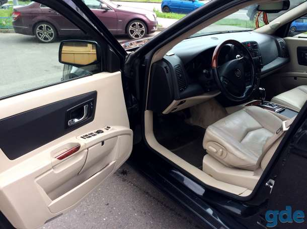 Cadillac SRX, 2004, фотография 8