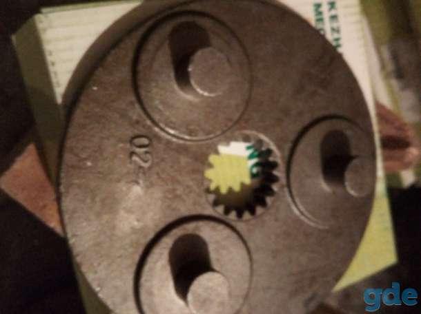 Опора верхнего ряда планетарного механизма Hitachi EX30, фотография 1