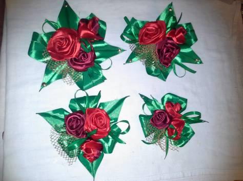 цветы и банты из атласных лент для украшения свадебных чемоданов и сундуков, фотография 6