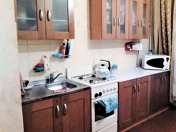 Дешевая трехкомнатная квартира улучшенной планировки, фотография 1
