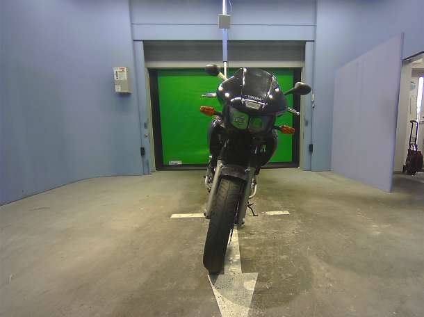 Yamaha TDM850 мотоцикл, фотография 2