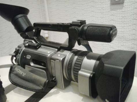 Продам видеокамеру Sony DCR-VX 2100 e, фотография 4