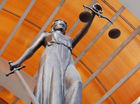 Бесплатные юридические консультации по телефону:  ,  .  В городе Воронеже. , фотография 1