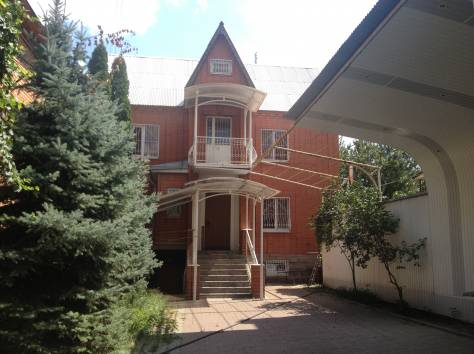 продаю дом 220 м.кв. на 3 сотках, фотография 1