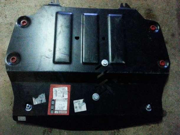 Защита картера на Honda CR-V, фотография 1