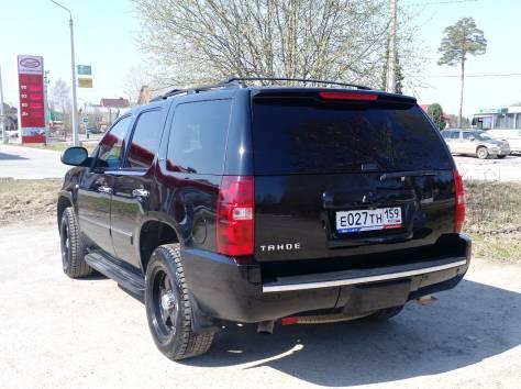Продается Chevrolet Tahoe чёрный внедорожник, 2012 г., фотография 5
