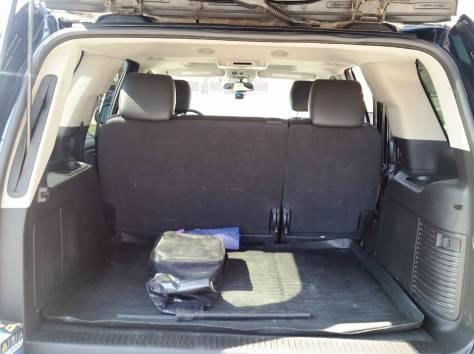 Продается Chevrolet Tahoe чёрный внедорожник, 2012 г., фотография 6