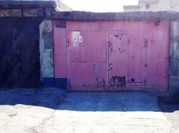 Продам гараж (железобетон), ул. Короленко. 81, фотография 1