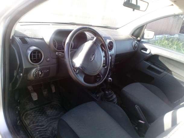 продам Ford Fusion 2004 года, фотография 4