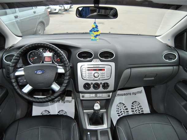 Ford Focus, 2008, фотография 9