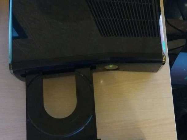 Xbox 360 Slim: black, фотография 3