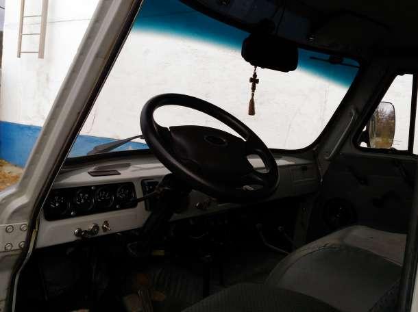 продам УАЗ 2010 г., фотография 8