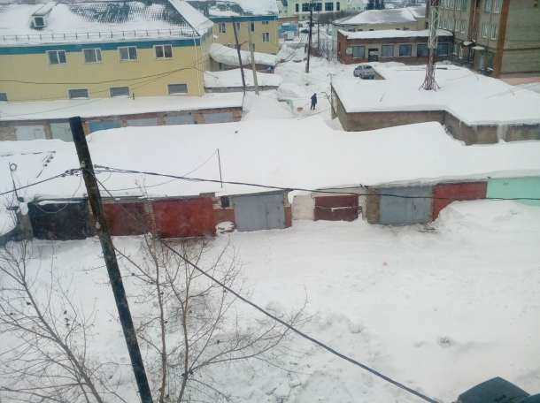продам гараж в центре города, ул. Кирова, блок 08, квартал 06, бокс 4, фотография 2
