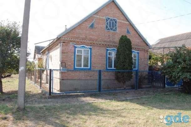 Дом 100 м² на участке 6 сот., фотография 1