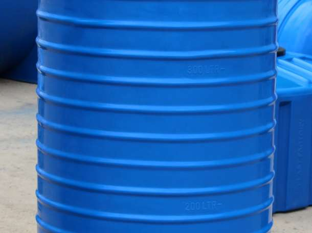 Емкость вертикальная 500 литров, фотография 1