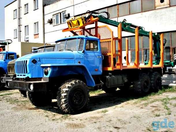 сортиментовозный тягач на шасси Урал, фотография 1