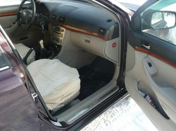 Продам Toyota Авенсис, фотография 5