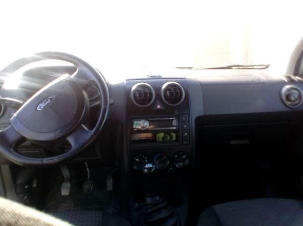 продам Ford Fusion 2004 года, фотография 5