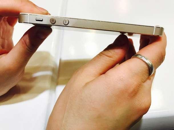 Продам айфон 5 s(16гб) в хорошем состоянии с документами. , фотография 2