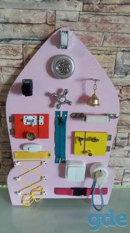 Развивающая игрушка Бизиборд Ракета, фотография 2