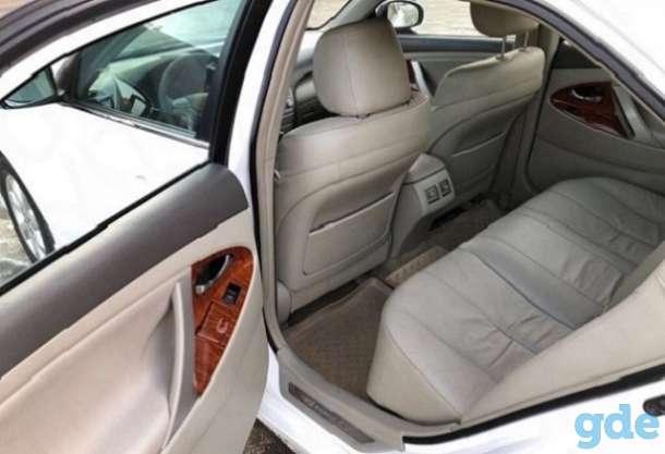Toyota Camry 2010, фотография 4