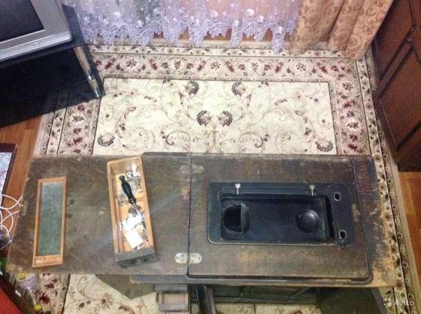 Швейная машинка Singer Старенькая, фотография 3