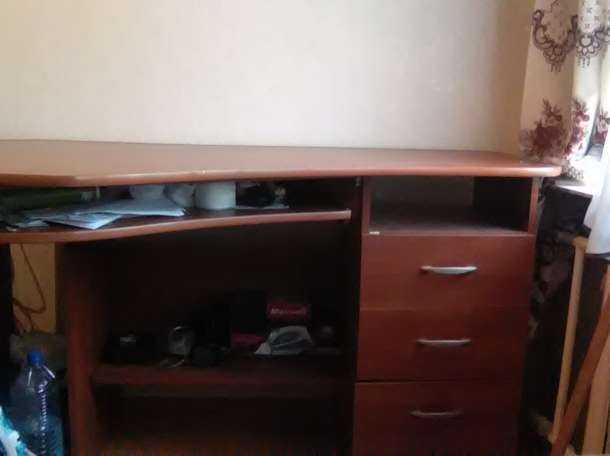 компьютерный стол, фотография 1
