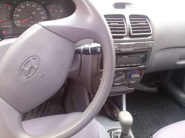 продам авто 2008 года, фотография 2