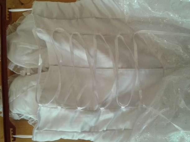 Продам свадебное платье,б/у.46 размер., фотография 2