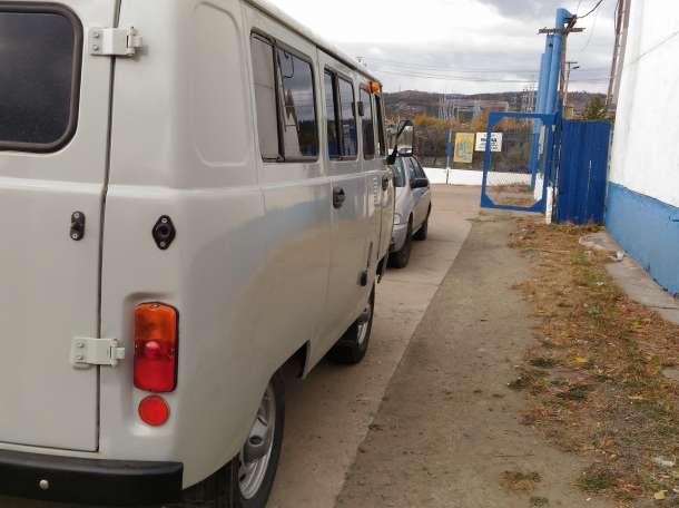 продам УАЗ 2010 г., фотография 4