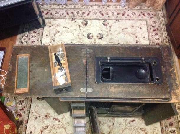 Швейная машинка Singer Старенькая, фотография 7