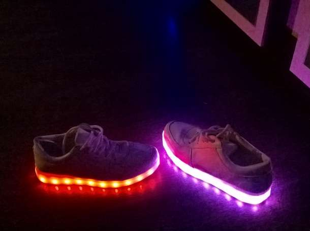 led кроссовки, фотография 1