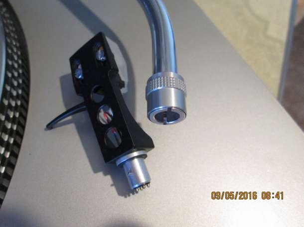Проигрыватель виниловых пластинок Technics SL-D202, фотография 4